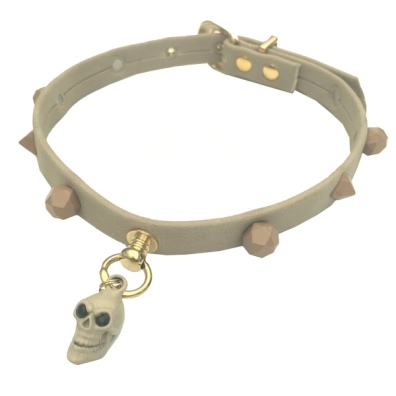 Elegantis Beige Collar w Diamond shaped Studs & Scull Charm