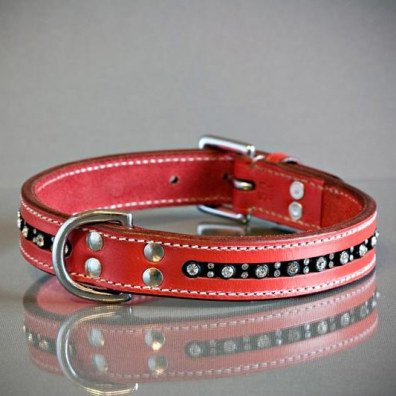 RED COLLAR IN LEATHER W RHINESTONES